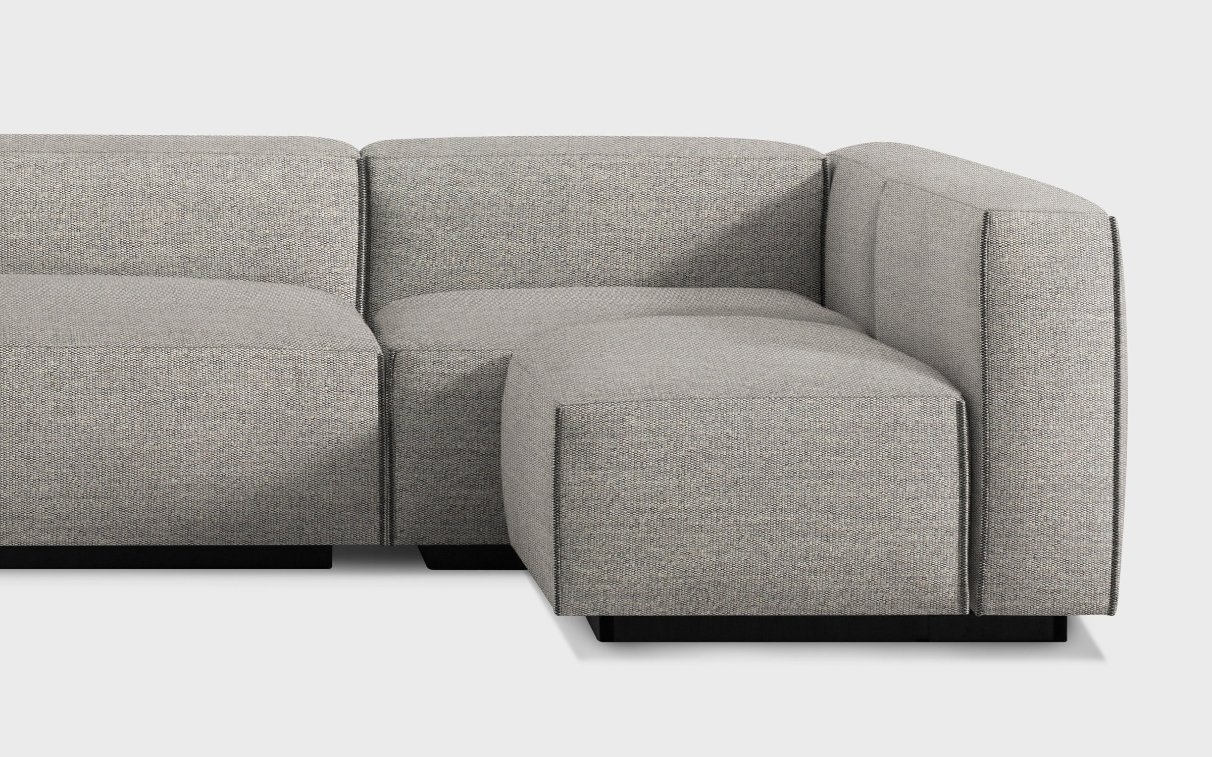 Cleon Medium Sectional Sofa